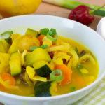 Kartoffelcurry mit Zucchini und Kokos