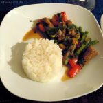 Gebratenes Rindfleisch mit Chili und Thaibasilikum