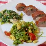 Ibericofilet & Estragon in Serranoschinken mit sahniger Mangold-Pilzpfanne und Salat