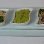 Triologie orientalischer Dips mit Kichererbsen, Avocado und Aubergine