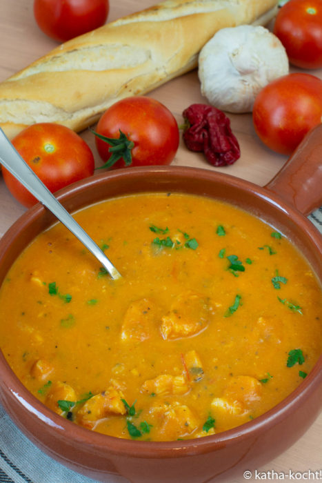 Tapas - Steinbeißer in Tomatensauce