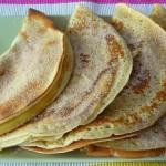 Eier- / Pfannkuchen mit Apfelmus, Zimt und Zucker