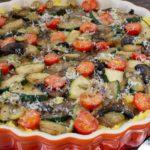 Polenta-Gratin mit Champignons und Zucchini