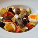 Hirsch im Salatbett