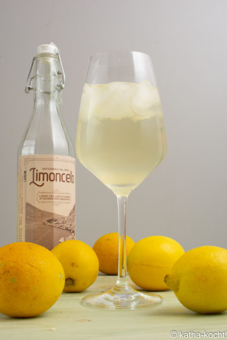 Limoncello Spritz - Spritz Drinks