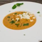 Auberginen Suppe mit Schafskäse