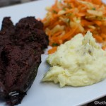 Blutwurst mit Apfel-Karotten Salat