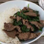 Scharfes Rindfleisch mit Spinat