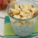 Chia Overnight Oats mit Apfel und Mandelmilch