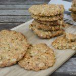 Haferflocken Kekse – knusprige Haferflocken-Haselnuss Taler
