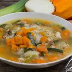 Suppenhuhn mit Kürbis und Reis