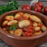 Tapas – Dicke Bohnen in Tomatensauce