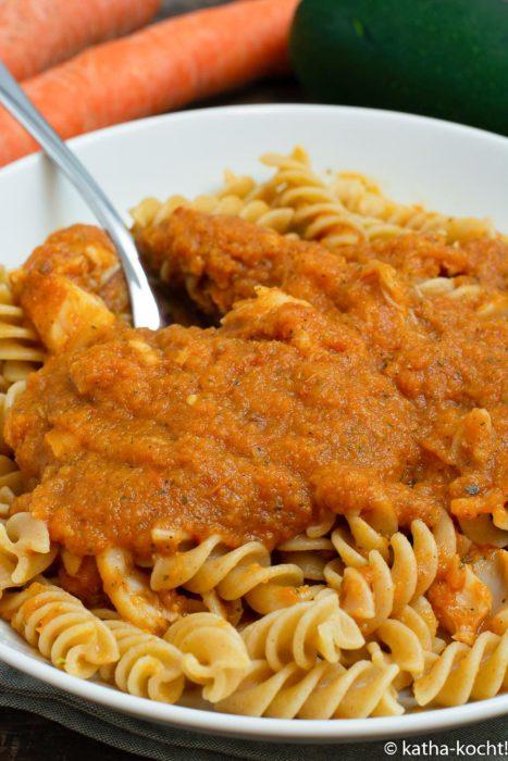 Schummel-Pasta mit getarnter Gemüsesauce