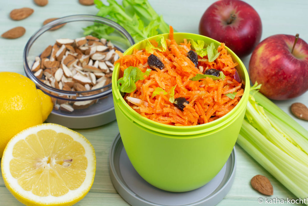 Karotten-Selleriesalat mit Rosinen