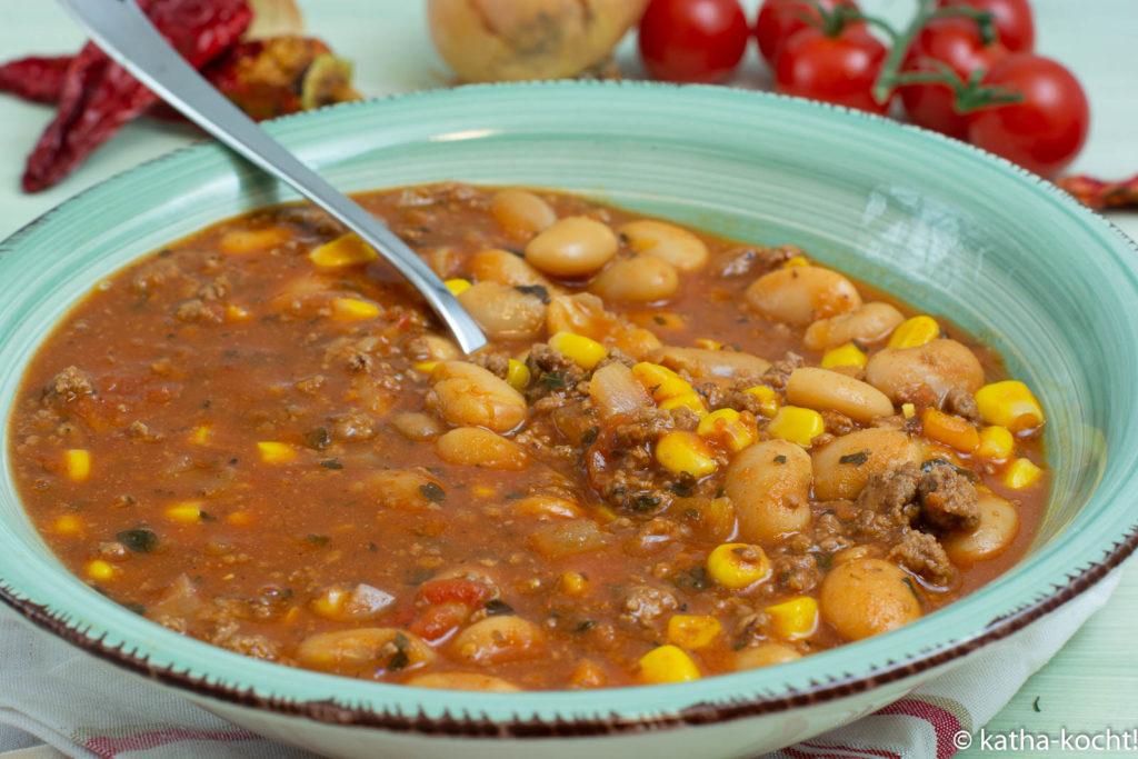 Schnelles Chili con Carne mit weißen BOhnen