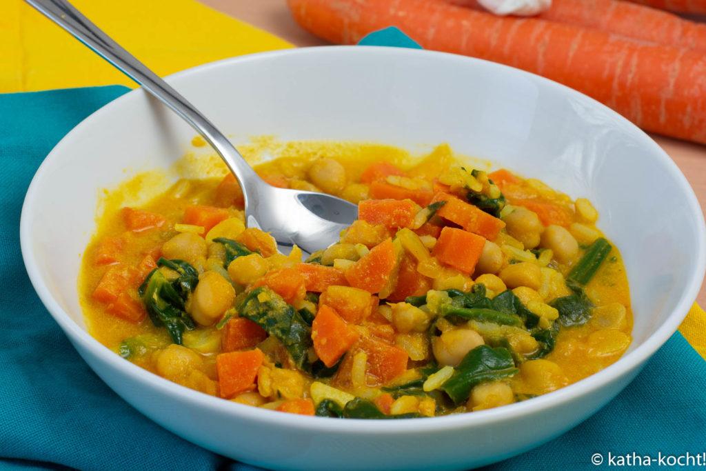 Vegetarisches Kichererbsencurry mit Spinat