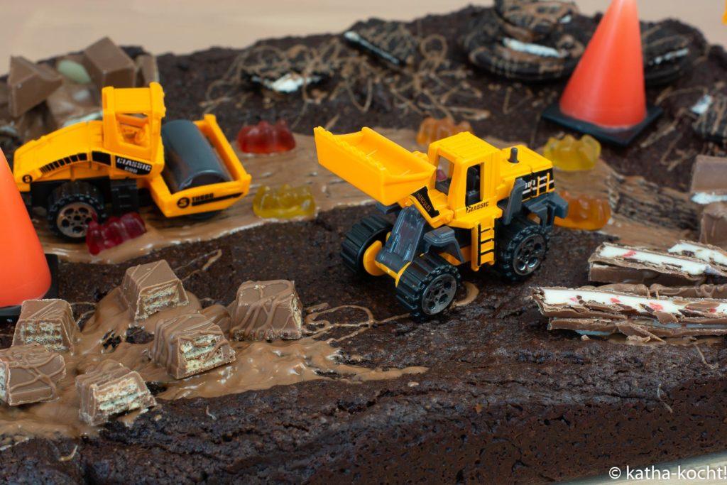 Baggerkuchen zum Kindergeburtstag - Geburtstagskuchen