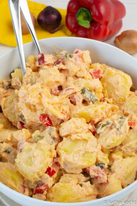 Kartoffelsalat mit Paprika und Joghurt