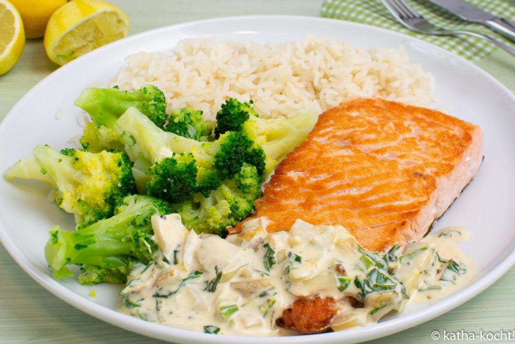 Lachs mit Brokkoli und Zitronen-Sahnesauce