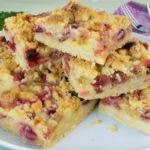 Stachelbeerkuchen mit Vanillepudding und Streuseln - Streuselkuchen mit Stachelbeeren