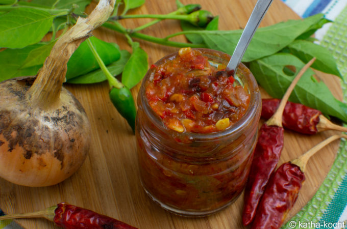 Chili-Zwiebelpaste